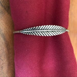 Jewelry - Silver Feather Cuff
